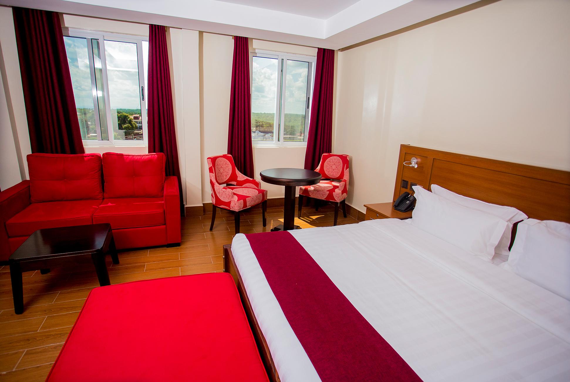 Hotel San Marino Kitui Honeymooners Super King Suite